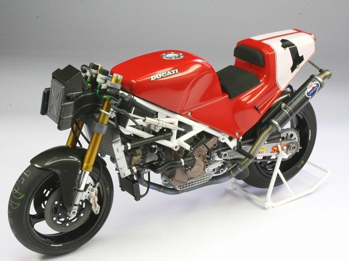 โมเดลประกอบรถมอเตอร์ไซค์ดูคาติ Ducati 888 Superbike Racer 1/12