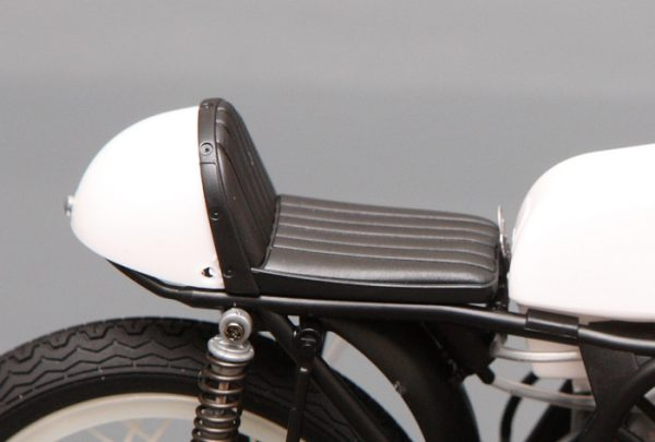 โมเดลรถมอเตอร์ไซค์ฮอนด้า Honda RC166 GP Racer 1/12