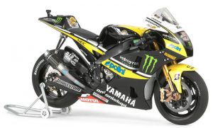 โมเดลมอเตอร์ไซค์ YZR-M1 09 Monster Yamaha Tech 3 1/12