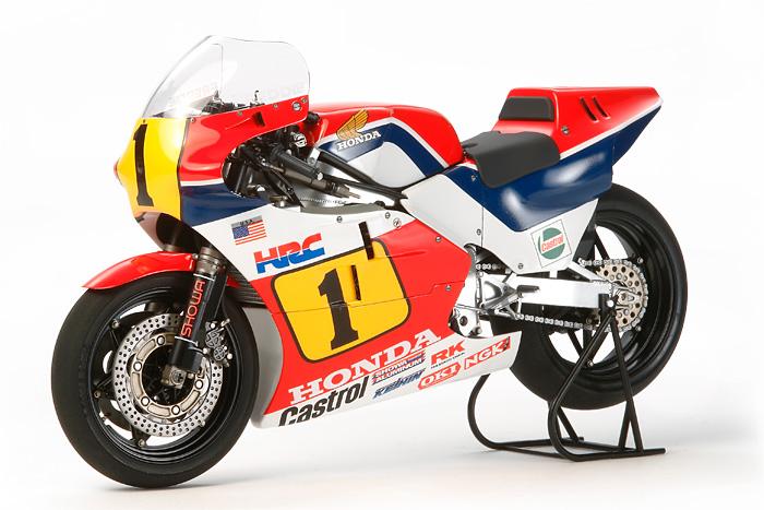 โมเดลประกอบ มอเตอร์ไซค์ทามิย่า Honda NSR500 '84 1/12