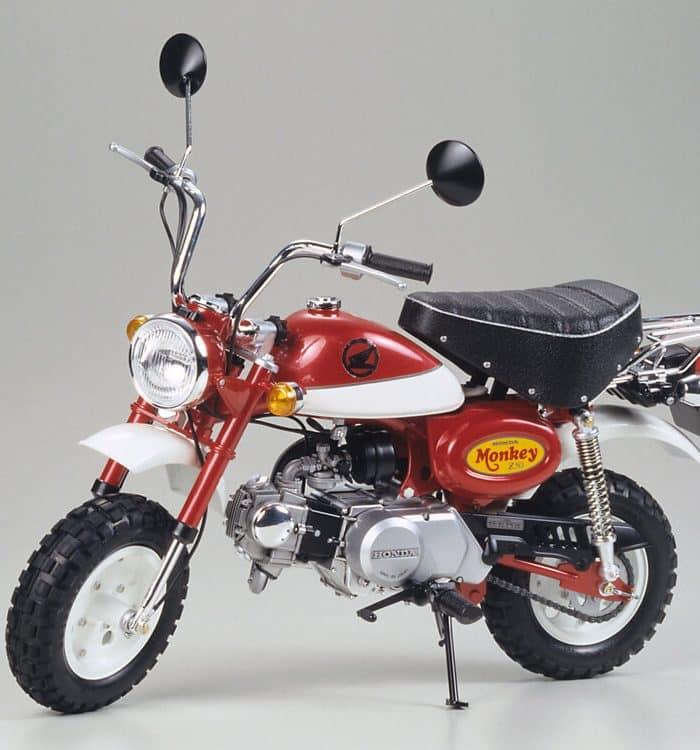 โมเดลรถมอเตอร์ไซค์ Honda Monkey 2000 Anniversary 1/6