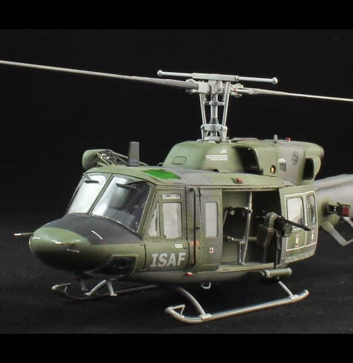 โมเดลประกอบเฮลิคอปเตอร์ Italeri BELL 212 UH-1N 1/48
