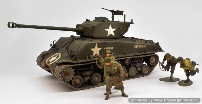 รถถังทามิย่า 35250 M4A3 SHERMAN 75mm U S Frontline Breakthrough