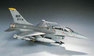 โมเดลประกอบเครื่องบิน Hasegawa F-16B PLUS FALCON 1 : 72