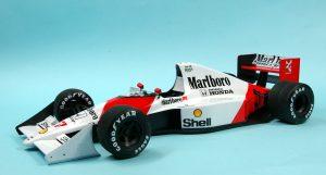 โมเดลรถแข่ง F1 Tamiya McLaren Honda MP4/5B 1/20