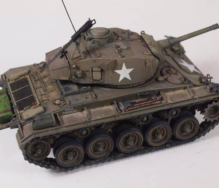 โมเดลรถถัง ทบ. M24 CHAFFEE US Light Tank 1/35