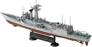 โมเดลเรือฟริเกตอเมริกัน USS OLIVER HAZARD PERRY 1/350