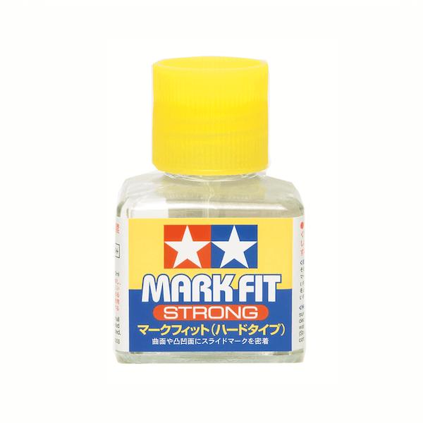 น้ำยาช่วยติดรูปลอกน้ำทามิย่า MARK FIT STRONG