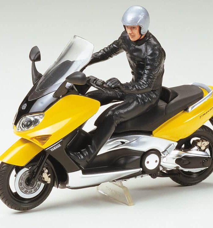 โมเดลรถมอเตอร์ไซค์ทามิย่า Yamaha T MAX with Rider 1/24