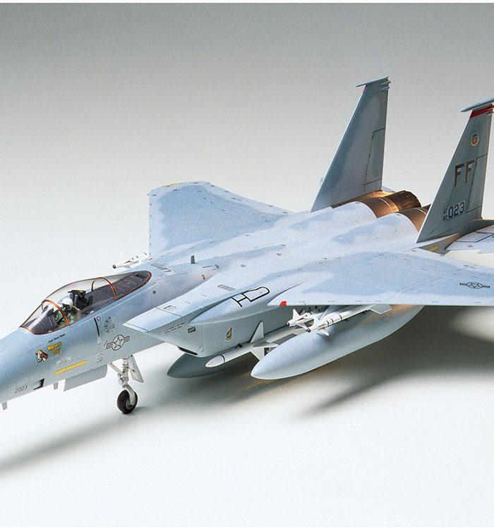 โมเดลเครื่องบินรบ Tamiya McDonnell Douglas F-15C Eagle 1/48