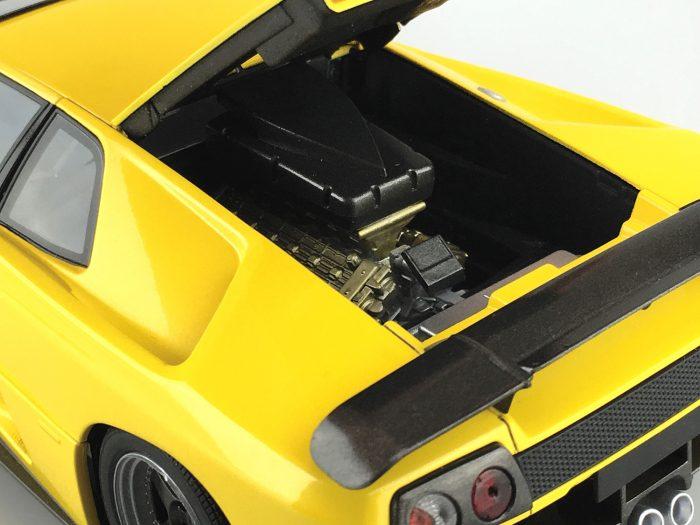 โมเดลรถยนต์แลมโบ Aoshima LAMBORGHINI DIABLO GT 1/24