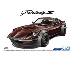 โมเดลรถยนต์อาโอชิม่า Nissan S30 Fairlady Z Aero Custom 1/24