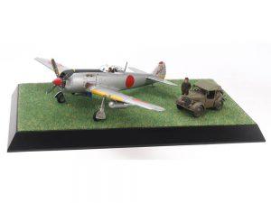 โมเดลเครื่องบิน NAKAJIMA HAYATE (FRANK) & SCENERY SET 1/48