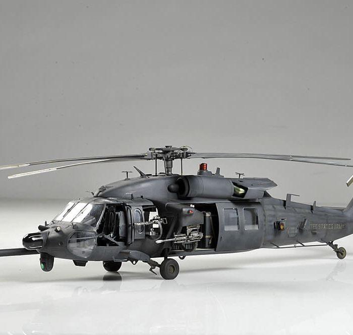 โมเดลประกอบ เฮลิคอปเตอร์ AH-60L DAP BLACK HAWK
