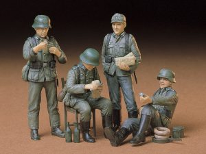 โมเดลฟิกเกอร์ German Soldiers at Rest 1/35