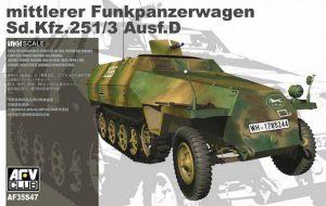 โมเดลรถกึ่งสายพาน Mittlerer Funkpanzerwagen SdKfz 251/3 Ausf D 1/35