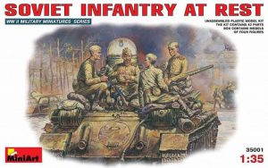 โมเดลฟิกเกอร์ทหาร SOVIET INFANTRY AT REST (1943-45)