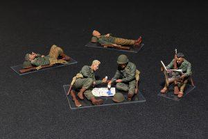 โมเดลฟิกเกอร์ U.S. SOLDIERS AT REST 1:35