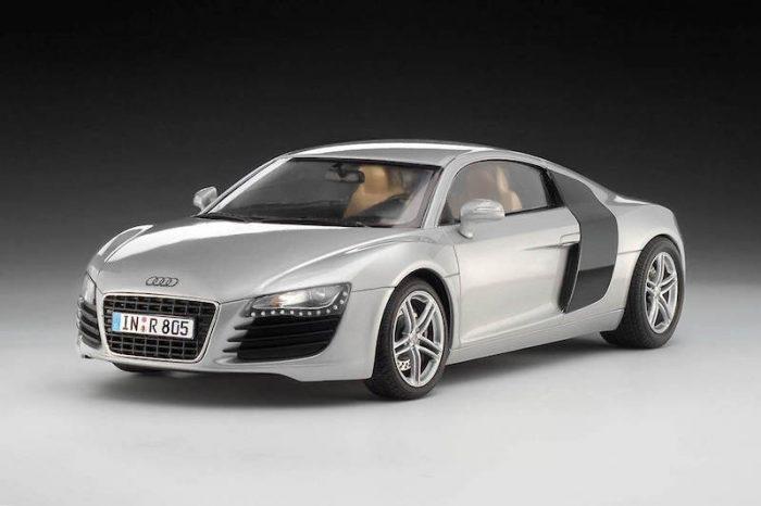 โมเดลรถออดี้ Revell Audi R8 1/24