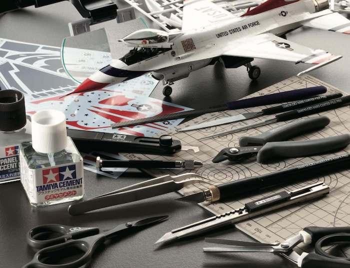 เครื่องมือ และอุปกรณ์ model tools จำหน่าย