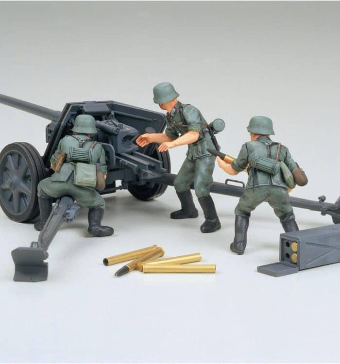 โมเดลทหารและปืนใหญ่ German 75mm Anti-Tank Gun Pak.40 (1:35)