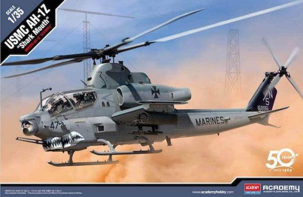 """โมเดลเฮลิคอปเตอร์ Academy AC12127 USMC AH-1Z """"Shark Mouth"""" 1/35"""