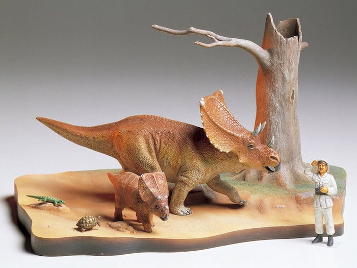 โมเดลไดโนเสาร์ TAMIYA TA60101 CHASMOSAURUS DIORAMA SET 1/35