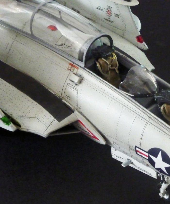 โมเดลเครื่องบิน Kittyhawk KH80129 TF-9J Couger 1/48