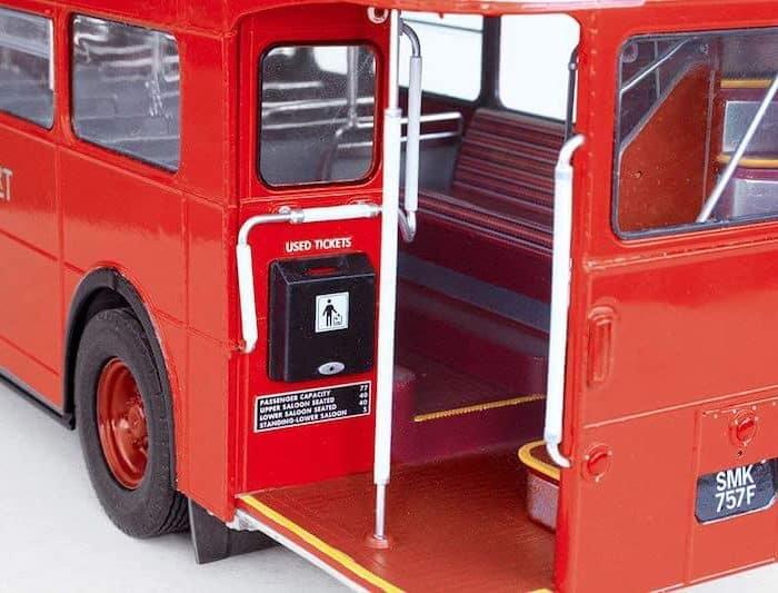 โมเดลประกอบ รถโดยสาร 2 ชั้น ลอนดอน Revell London Bus 1/24