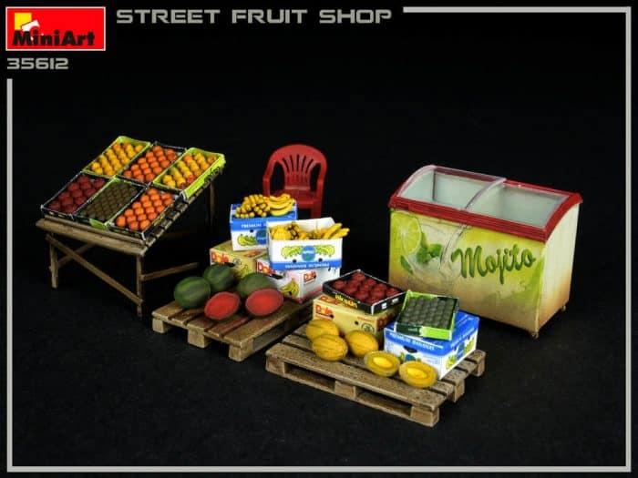 โมเดลฟิกเกอร์ MiniArt MI35612 Street Fruit Shop 1/35