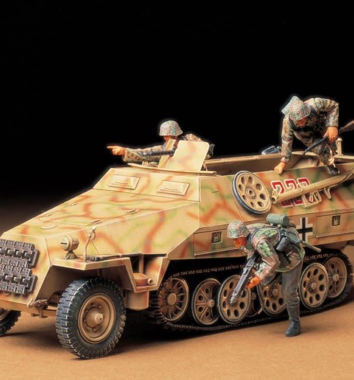 รถถังทามิย่า TAMIYA 35195 Mt1.SPW Sd.Kfz. 251/1 Ausf.D 1/35