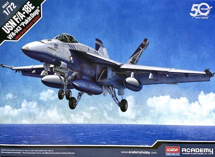"""เครื่องบิน ACADEMY 12547 USN F/A-18E VFA-143 """" PUKIN DOGS """" 1/72"""