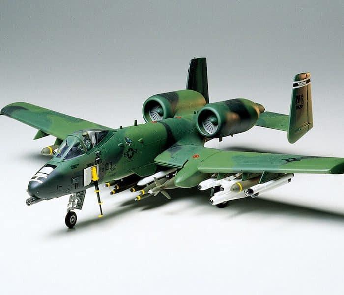 โมเดลเครื่องบินโจมตี A-10 Thunderbolt II 1/48